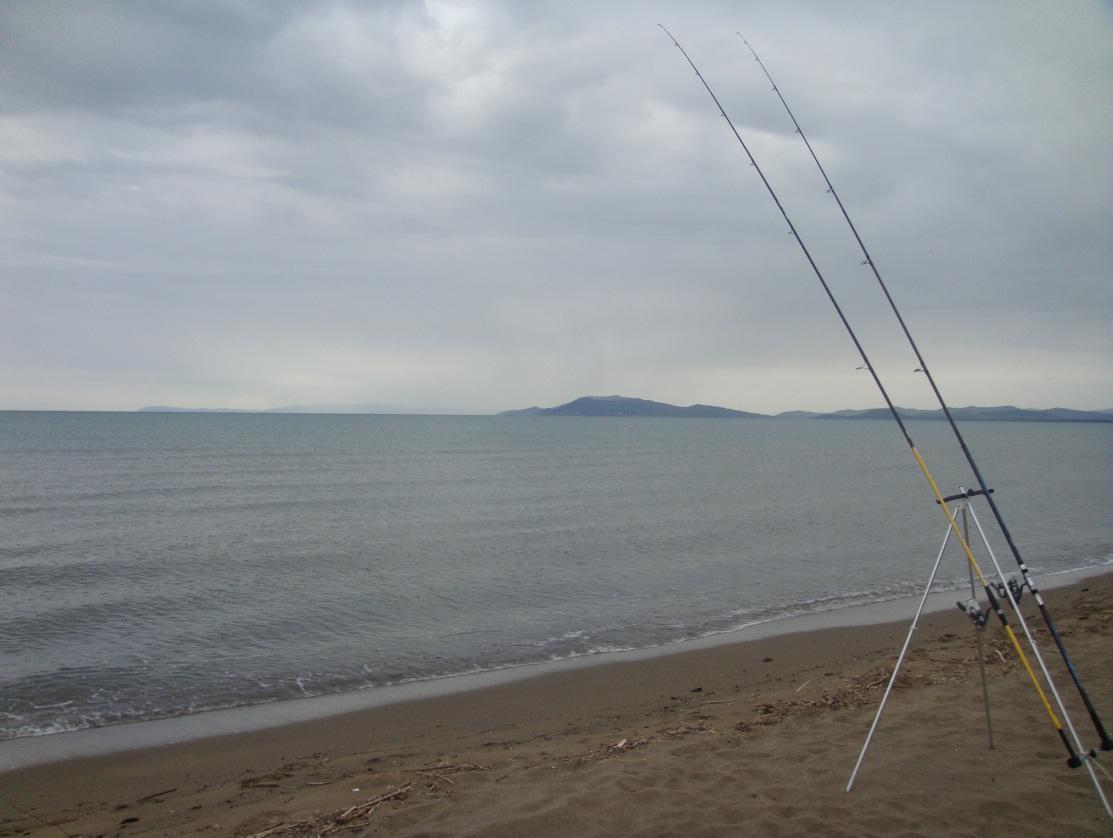 Surfcasting: tanta pioggia e zero pesce