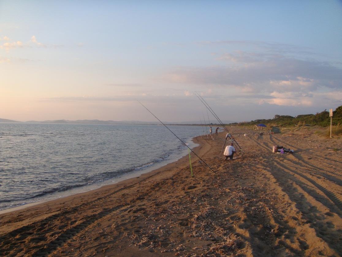 Surfcasting: Divertente serata sulla spiaggia di Giannella