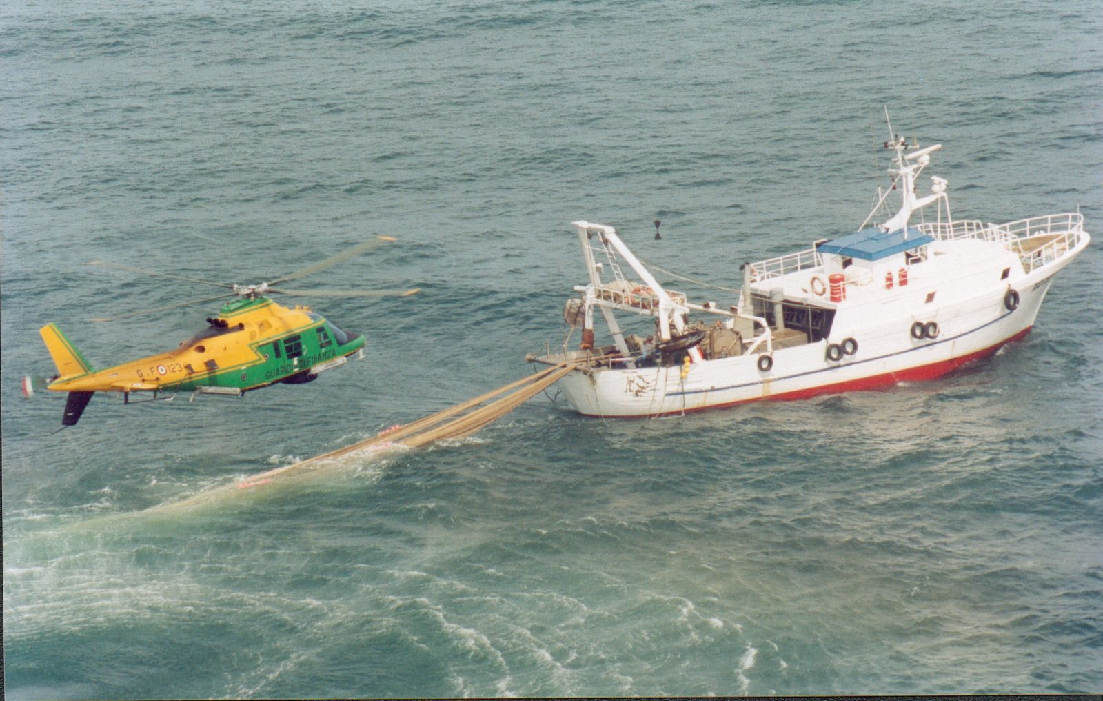Abolire il permesso di pesca in mare?