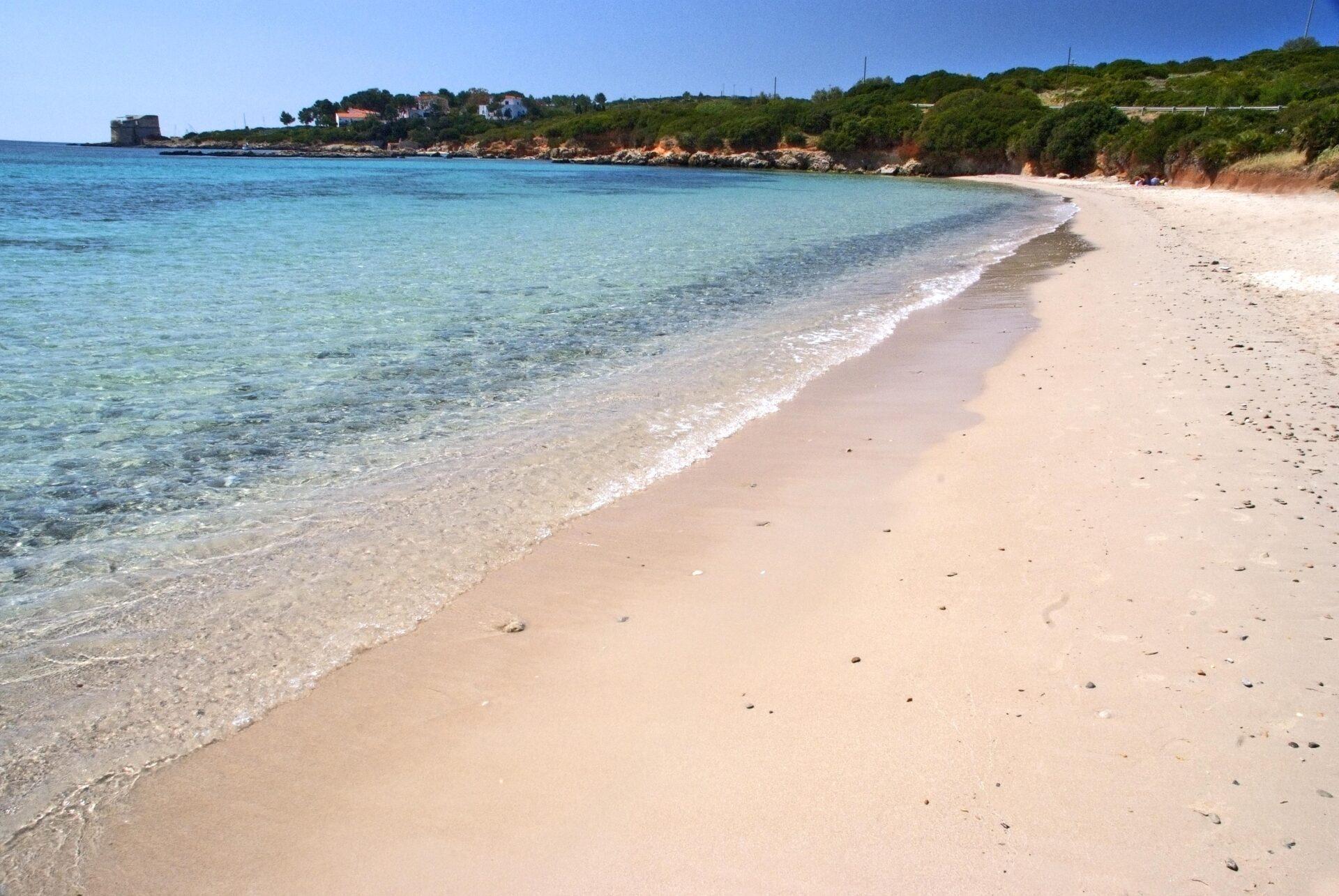 spiaggia del lazzaretto, sardegna