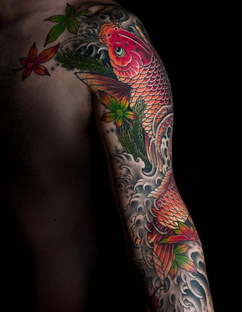 La carpa Koi – tatuaggio simbolo di virilità e coraggio